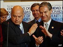 Chilean Interior Minister Jose Miguel Insulza (left) and Mexican Foreign Minister Luis Ernesto Derbez  (far right)