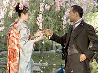 Ziyi Zhang and Ken Watanabe in Memoirs of a Geisha
