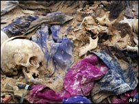 Human remains uncovered at a mass grave discovered in the al-Samawa desert in Muthanna province, Iraq.
