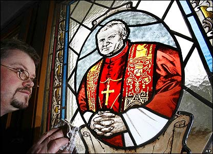 A stained glass window featuring Pope John Paul II in St. Nicholas Cathedral, Heuthen