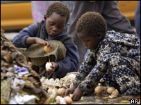 Children at a rubbish tip in Zimbabwe