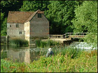 Sturminster Newton Mill (pic courtesy of freefoto.com)