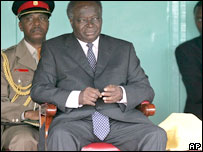 Kenyan President Mwai Kibaki during the swearing in ceremony