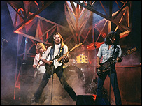 Status Quo on TOTP in 1982