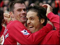 Liverpool's Jamie Carragher and Fernando Morientes