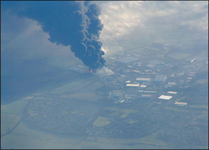 Depot explosion seen from Ryanair Flight FR903 STN from Stansted. Photo: Dr David Otway.