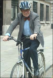 Prof Heinz Wolff on a bicycle, BBC