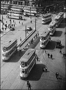 Trams in Manchester city centre in 1929