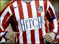 "Atletico Madrid shirt advertising the film ""Hitch"""