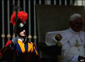 Swiss Guard and Pope Benedict XVI