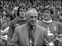 Bill Shankly en 1974 cuando se retir