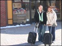 Irish shoppers Ann and Lynda at Woodbury