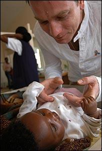 Ewan McGregor in a Malawi hospital - copyright Sarah Epstein/Unicef