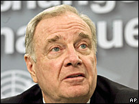 Canadian PM Paul Martin at the climate-change conference in Montreal
