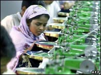 Bangladesh cotton worker