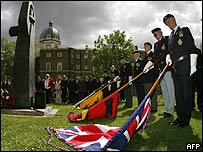 British standard bearers at the Soviet war memorial