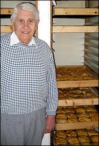 Dennis Dutch and some of the famous pies