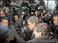 Turkish novelist Orhan Pamuk leaving court in Istanbul