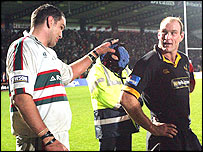 Leicester's Martin Johnson and Wasps' Lawrence Dallaglio lock horns on the field for the last time