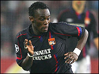 Michael Essien in action for Lyon