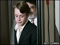 Actor Macauley Culkin arrives at the court in Santa Maria, California, 11 May 2005