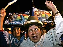 Indian women celebrate the Evo Morales' victory in La Paz