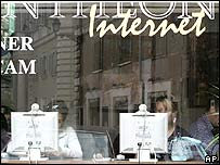 Internet cafe in Italy