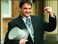Gary Mabbutt getting his MBE