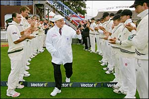Shepherd receives a guard of honour from Australia and New Zealand