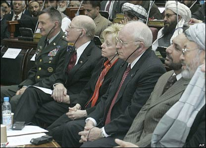 US Vice President Richard Cheney and his wife Lynne (centre) attend the opening session
