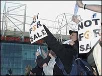 Manchester United fans protest outside Old Trafford