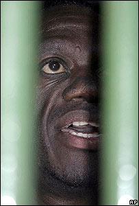 Kizza Besigye held behind bars on Monday