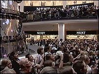 Hundreds of fans watch Shayne Ward at Manchester Arndale Centre