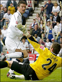 Preston's David Nugent puts the ball past Lee Camp for his team's opening goal