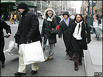 Christmas shoppers in New York