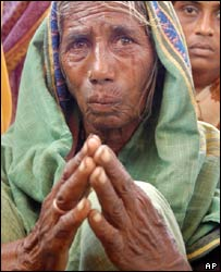 A widow of a dead farmer in India