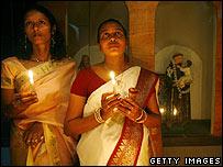 بعد عام من التسونامي يصلي السريلانكيون من أجل الضحايا