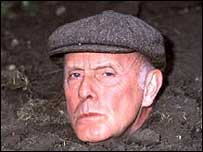 Richard Wilson who played Victor Meldrew in One Foot in the Grave
