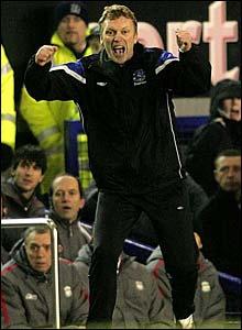 David Moyes celebrates James Beattie's goal