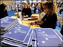 Copies of the proposed European Union constitution are mailed to French citizens