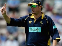 Shane Warne at the Hampshire helm