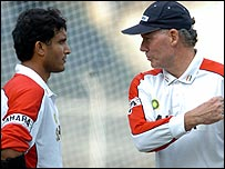 Ganguly and Chappell have a discussion
