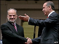 Iraqi PM Ibrahim Jaafari and his Turkish counterpart Recep Tayyip Erdogan