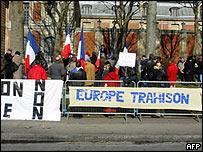 Opositores a la Constituci�n Europea en Francia.
