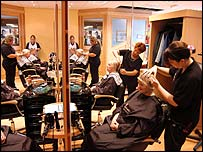 college hairdressing trainees