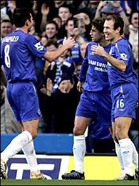 Frank Lampard, Hernan Crespo and Arjen Robben celebrate Chelsea's second goal