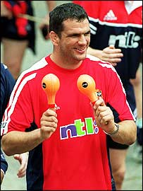 Martin Johnson shakes his maracas during a Lions bonding session in 2001