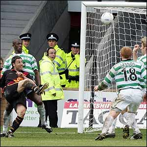 Scott McDonald score his first goal