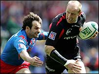 Gareth Thomas in action in the Heineken Cup final