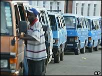 Minibus queue in Harare